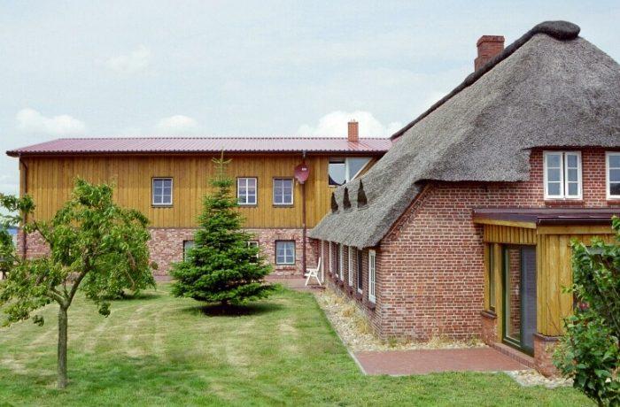 Haupthaus und Gästehaus